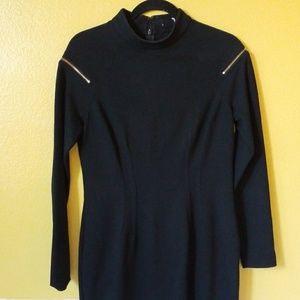Cashe zipper sleeve with high neckline zipper back